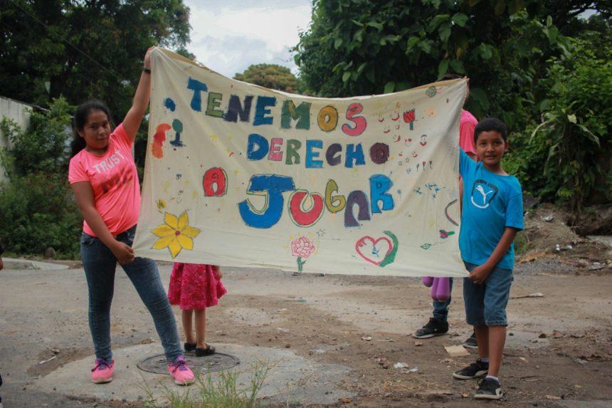 II FESTIVAL POR LOS DERECHOS DE LA NIÑEZ EN AYUTUXTEPEQUE